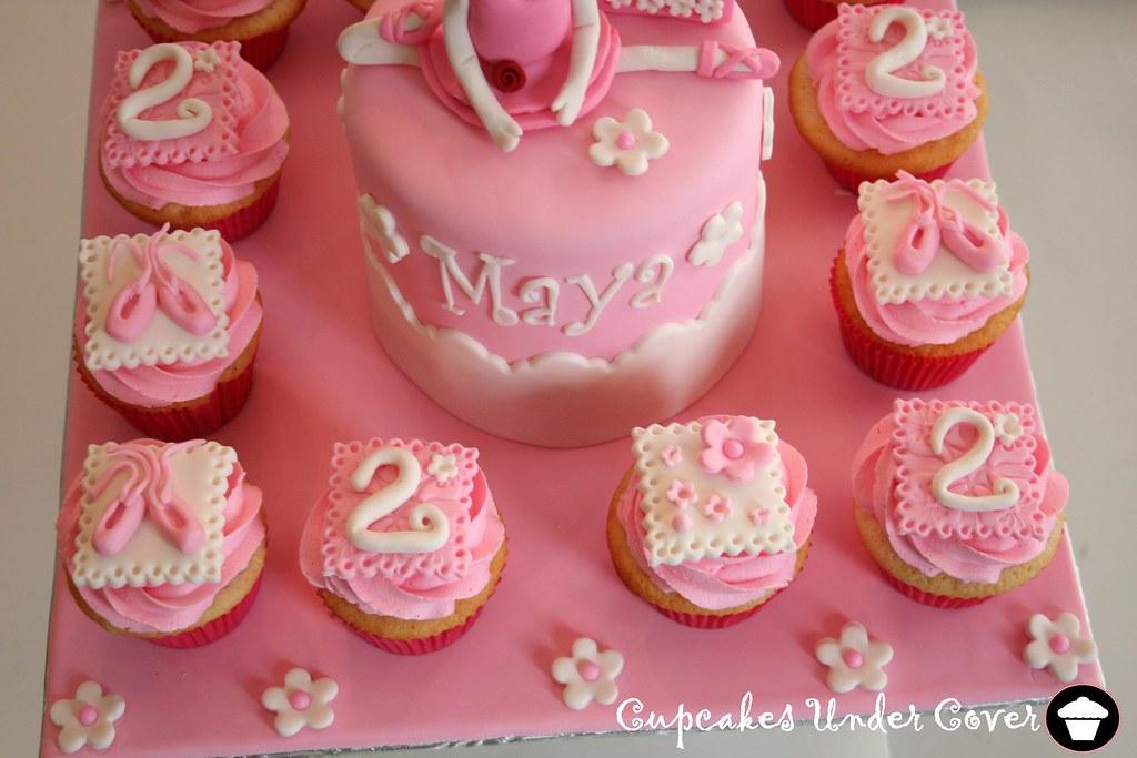 Angelina Ballerina cupcakes | ~t a m m y~ | Flickr