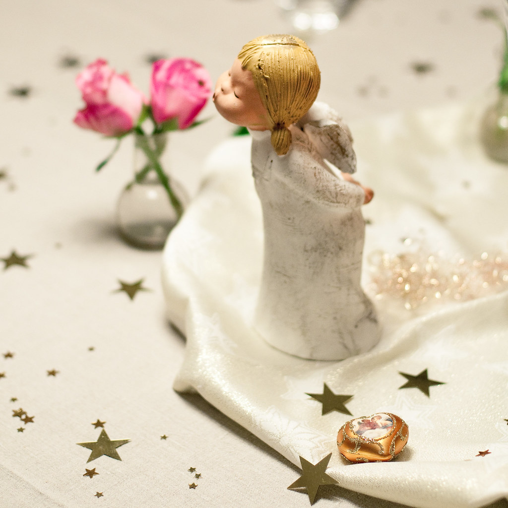 Table Decoration (Angel's Kiss) by christian.senger