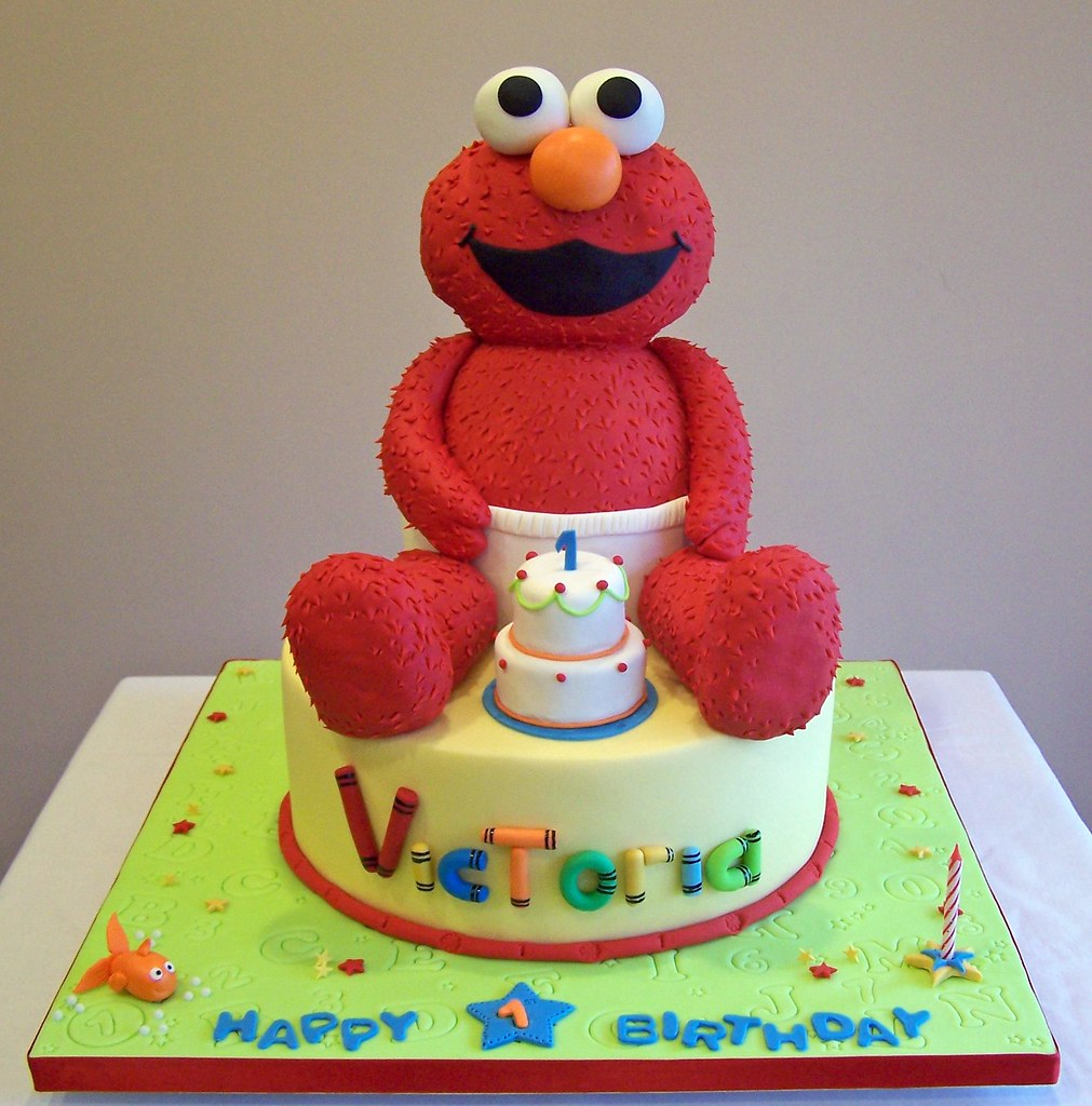 Elmo Cake This 3d Baby Elmo Cake Is All Edible It S A Com
