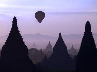 Sunrise over Bagan | by Julian Kaesler