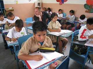 Leveraging visits to Manabí schools 09-09 (22)