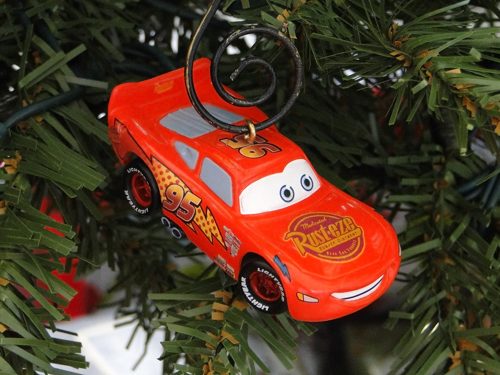 Disney Cars Christmas Decorations.Hallmark Disney Pixar Cars Holiday Ornament Lightning