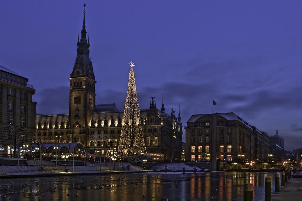 Weihnachtsmarkt L.Weihnachtsmarkt Am Hamburger Rathaus Regina Salm Flickr