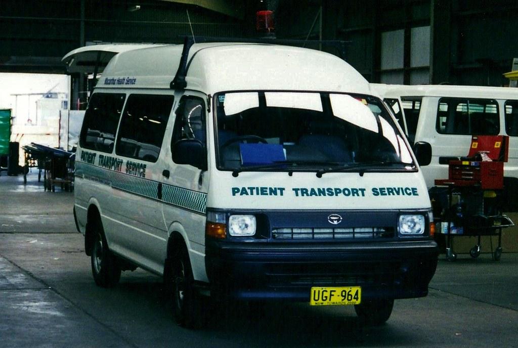 Toyota Hiace Commuter ambulance