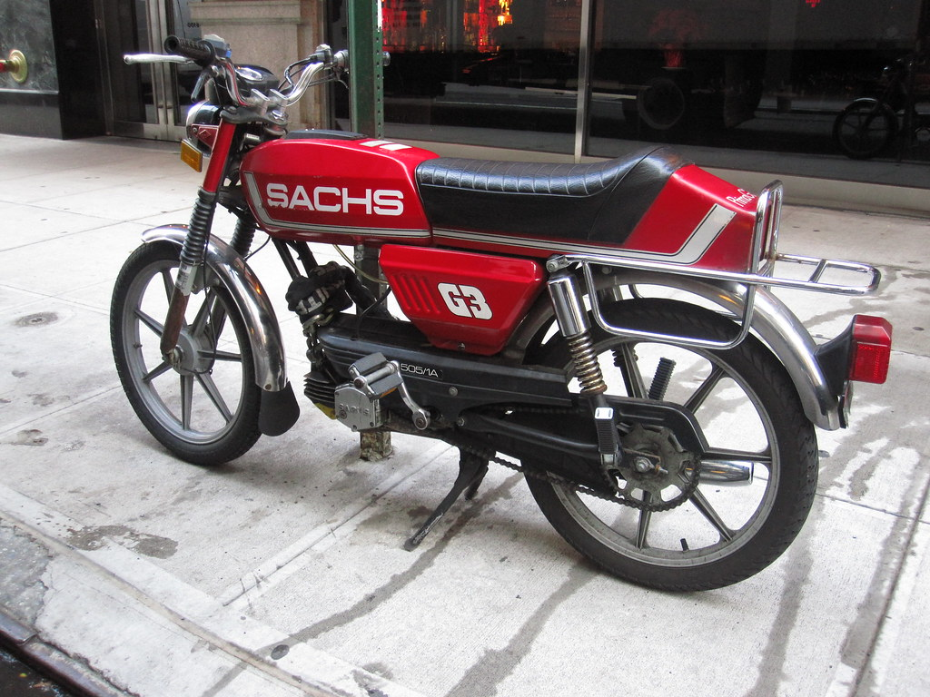 SACHS G3 Pedal Moped - New York City 2010 | SACHS G3 Pedal M