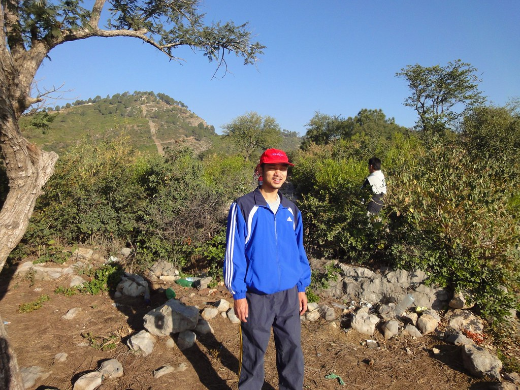 Finale Route to the Peak | Hiking at Margalla Hills up to Pir Sohawa | Islamabad, Punjab Province, Pakistan | 28 11 2010