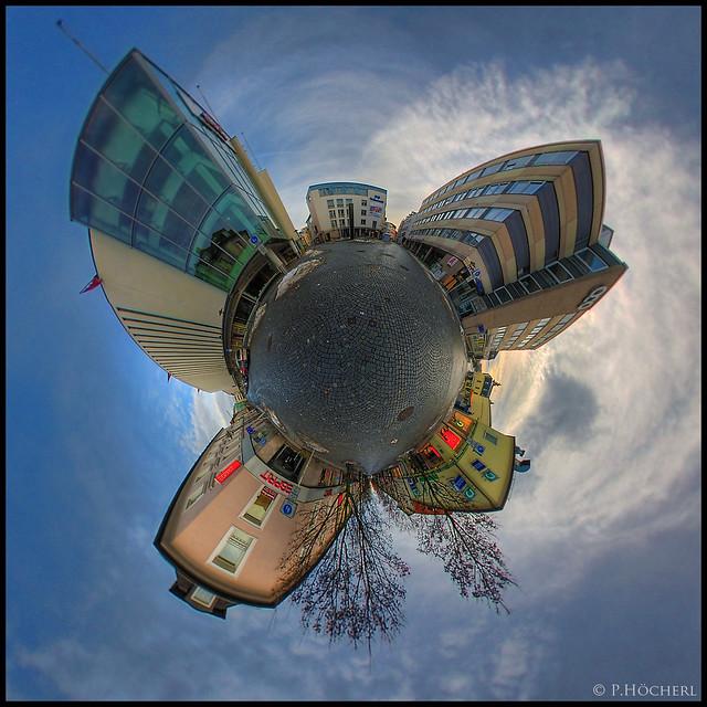 Little Planet - Hertie Weiden