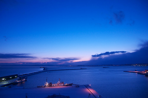 blue sea japan sunrise nikon hokkaido 北海道 青 d300 wakkanai 日の出 朝 朝日 稚内 稚内港 nikkor18200mmf3556