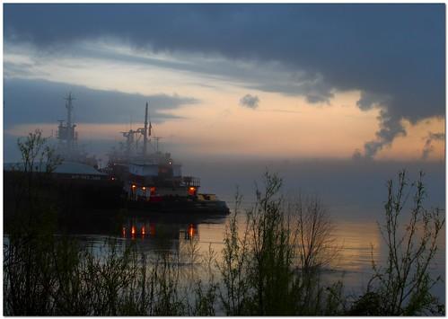 morning reflection water misty fog sunrise 35mm river louisiana mississippiriver tugboat bluehour barge mrgreenjeans gaylon canonef28135mmf3556isusm pushboat portallen artistpicks gaylonkeeling