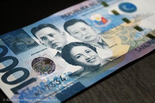 New 1000 Philippine Peso Bill   by Kelvin Servigon