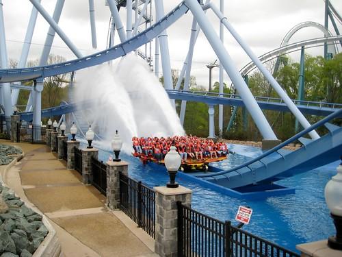 Griffon Splash Down Busch Gardens Williamsburg | by Ryan Woirol