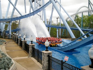 Griffon Splash Down Busch Gardens Williamsburg