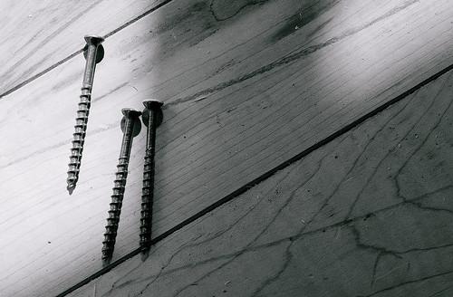 wood blackandwhite bw detail monochrome metal sepia grey gris blackwhite gray minimal nails bois clous shadowsandlight