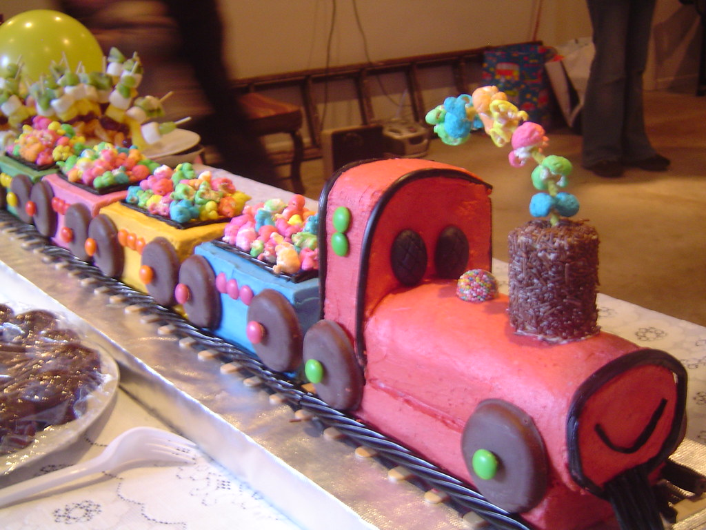 Sensational Train Cake Happy Birthday Sam Leslea Matsis Flickr Funny Birthday Cards Online Inifodamsfinfo