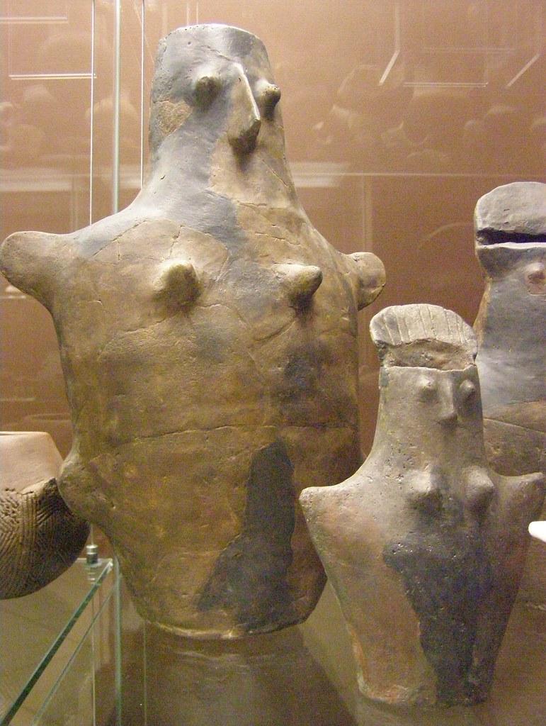 Middle Aeneolithicum, Baden culture, anthropomorphic buria