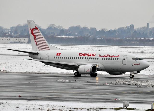 Tunisair Boeing 737-5H3 TS-IOI