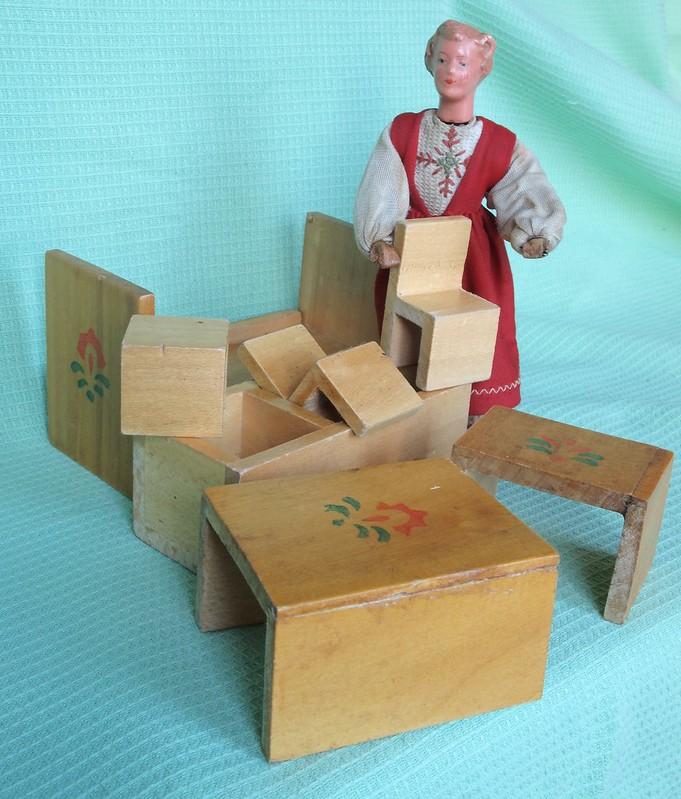 Alter magischer Würfel für Puppen 3