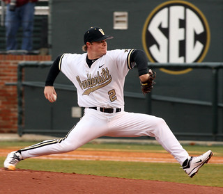 365@VU: 58 - Vanderbilt baseball player Sonny Gray throwin ...