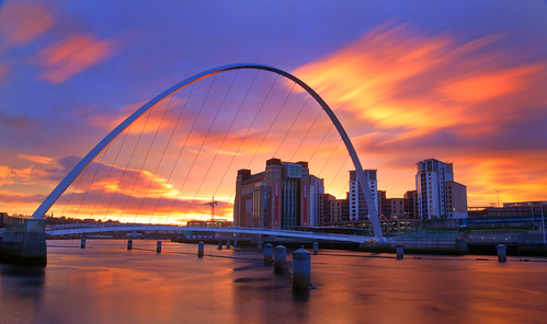 morning england sunrise day arch baltic gateshead northumberland newcastleupontyne damncool rivertyne gatesheadmillenniumbridge greatphotographers centreforcontemporaryart pwpartlycloudy