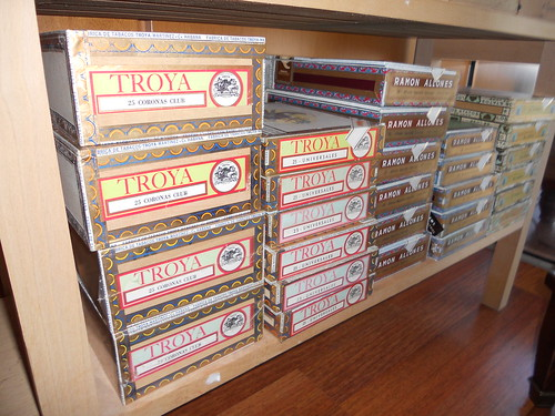 Troya and Ramon Allones Boxes