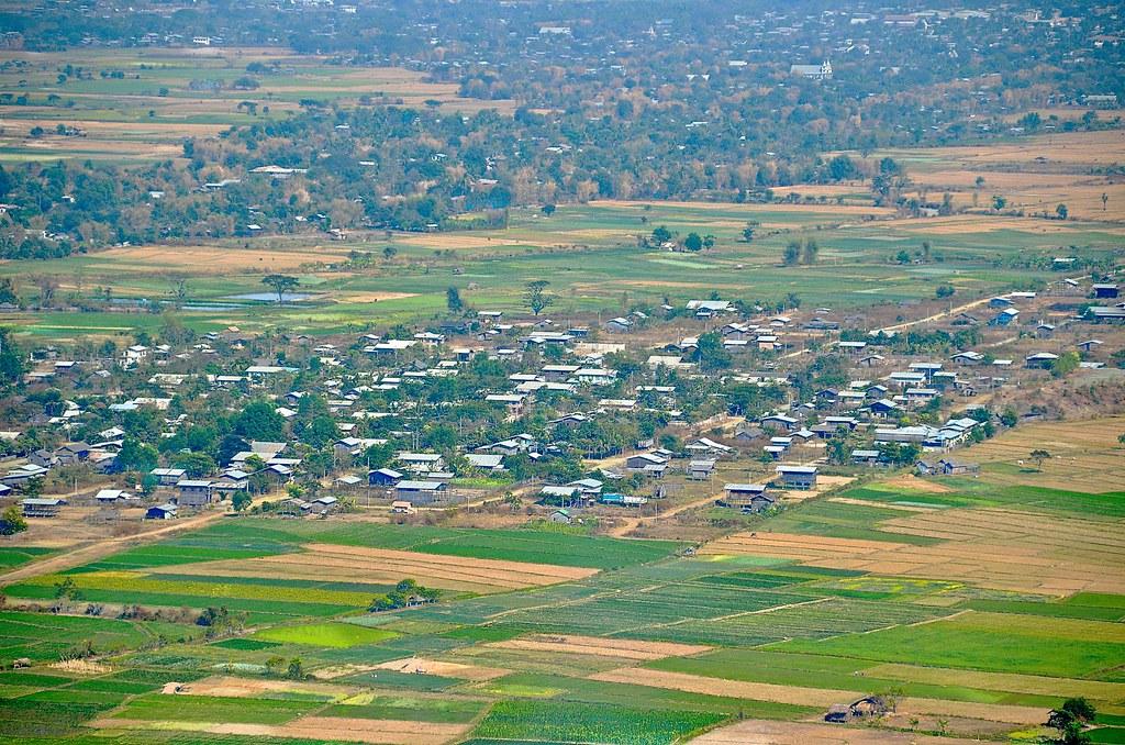MyanmarKalaymyo- 1MH_3245 | Kalaymyo, Myanmar view from the … | Flickr