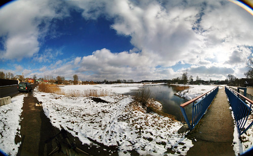 bridge panorama lake sunshine countryside fisheye belarus icylake canoneos30d rakov fisheyepanorama belomomc835