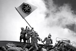 54/365 | Troopers Raising the Flag on Iwo Jima | by egerbver