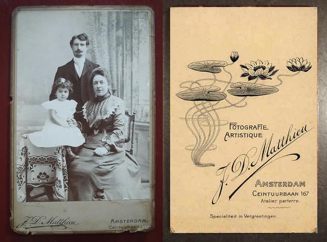 Ida Rusch -W.F Eringaard met Meisje Frederika W. Eringaard (ongeveer 1904-1905)