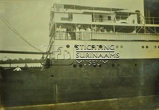Vertrek SS Oranje Nassau | by Stichting Surinaams Museum