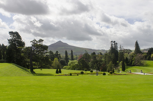ireland green gardens landscape outdoors europe day estate cloudy sightseeing lawn tourist powerscourt destination grounds