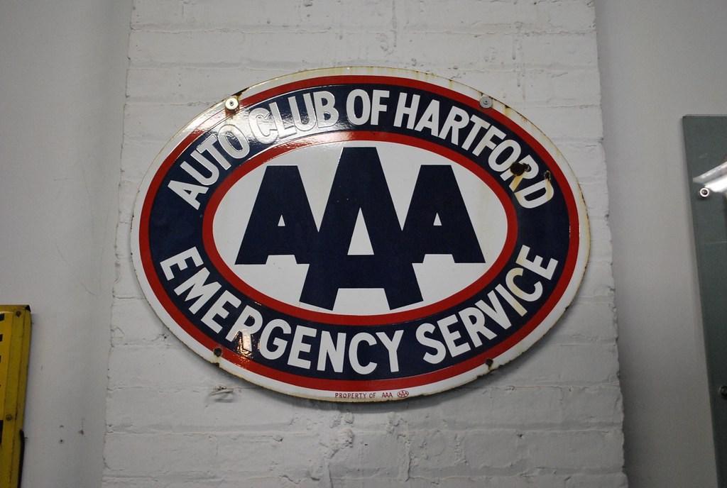 Aaa Auto Club Near Me >> Aaa Auto Club Of Hartford Sign Nice Porcelain Sign At The Flickr