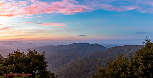 summer usa nature sunrise georgia geotagged outdoors unitedstates hiking cleveland appalaciantrail geo:country=unitedstates camera:make=canon exif:make=canon geo:state=georgia geo:city=cleveland tamronaf1750mmf28spxrdiiivc exif:lens=1750mm exif:aperture=ƒ13 quebechistorical exif:isospeed=100 exif:focallength=17mm canoneos7dmkii camera:model=canoneos7dmarkii exif:model=canoneos7dmarkii geo:lat=3468719667 geo:lon=8399402500 geo:lon=8399406667 geo:lat=3468716333 geo:lat=34687221666667 geo:location=quebechistorical geo:lon=83993888333333