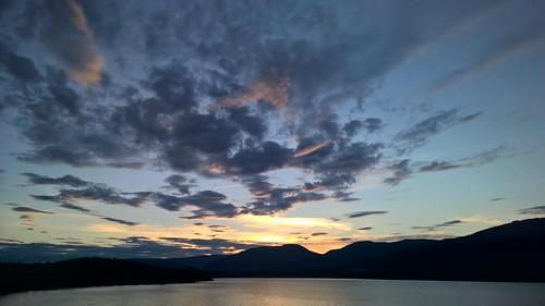 shuswap sky sunset lake atardecer nube canada british columbia lago puesta sol sun bc lac nubes clouds ciel cielo himmel eau water wasser ayer