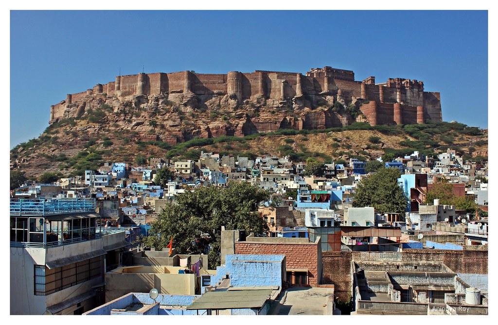 Blue city against the backdrop of Mehrangarh fort,Jodhpur