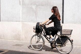 Lady cycle | by trindade.joao