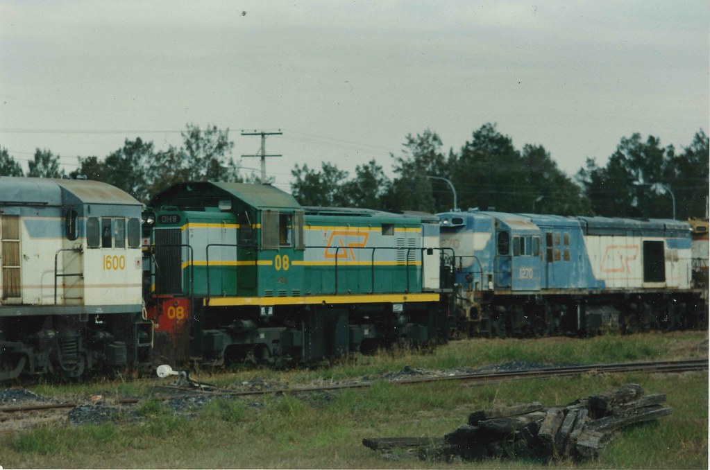 DH08 1270 Redbank by Scott S
