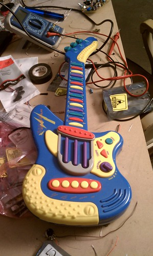 Toy guitar hacked midi controller | by xnorman
