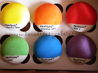 Pantone® cupcakes for a graphic designer (featured on Amy Atlas´ blog!) | by Bocaditos y Colores (Erika)