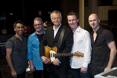 2011. március 25. 12:05 - Tommy Emmanuel zenekarával