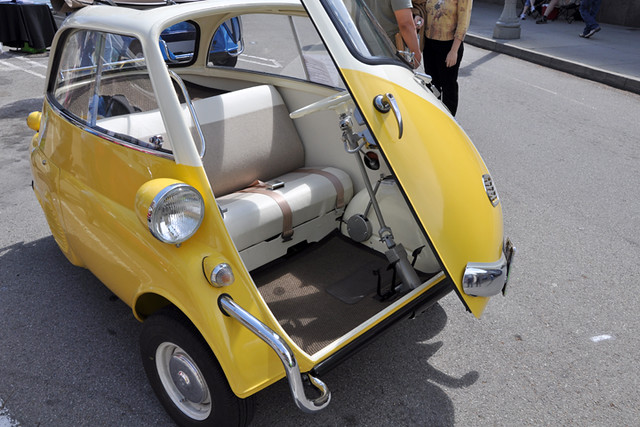 Isetta - open door