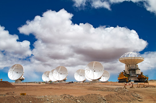 Another ALMA antenna takes its place at Chajnantor | by European Southern Observatory