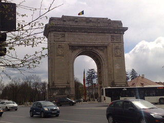 Bucharest Arc de Triomphe 2 | by cronchi70