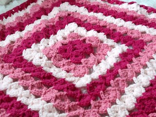 Pink Yo-Yo Afghan in progress.