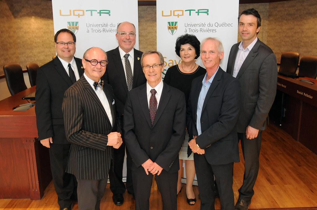 Prix de l'UQTR à Gaétan Désilets, Claude-Henri Léveillé et Maurice Richard