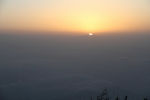 morning sky cloud india mountain montagne sunrise ciel nuage darjeeling inde matin leverdesoleil