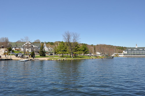 park blue lake cold wet water town spring cool may newengland newhampshire sunny nh shore chilly meredith frigid lakefront lakewinnipesaukee lakesregion