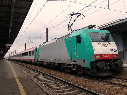 HLE2801 + 6 (A)Bmz ÖBB @ Brussel Zuid | by Steelwheels
