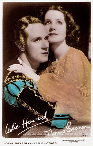 Leslie Howard and Norma Shearer in Romeo and Juliet (1936)