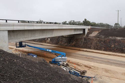 New road overpass at Hopetoun Park Road