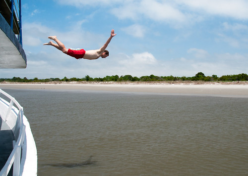swimming flying flight dive human diver leap forty foreveryoung barrierisland georgiacoast humanflight sapeloisland captgabby doboysound flylikeabirdbirdman